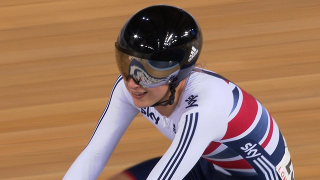 Track Cycling World Cup: Laura Trott wins gold in women's omnium