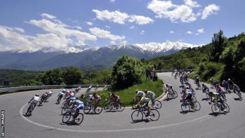 Giro d'Italia descent