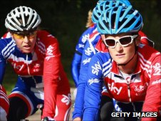 Nicole Cooke (left) with Lizzie Armitstead