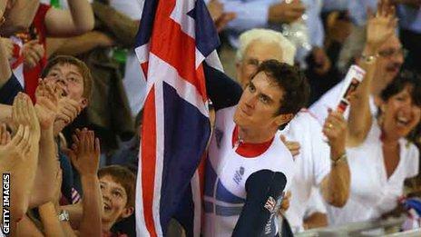 Geraint Thomas celebrates 2012 gold