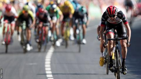 Dan Martin wins stage six of the Tour de France