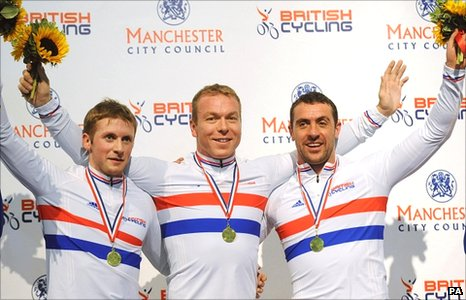 Jason Kenny (left), Sir Chris Hoy and Jason Queally (right)