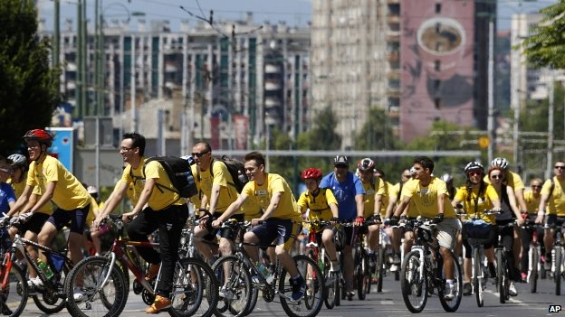 Recreational cyclists ride through Sarajevo before the Sarajevo Grand Prix 22/06/2014