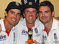 Alastair Cook, Graeme Swann and James Anderson with the Ashes urn