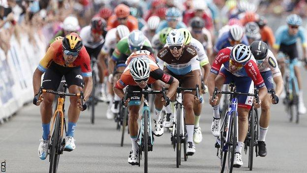 Sonny Colbrelli wins stage two