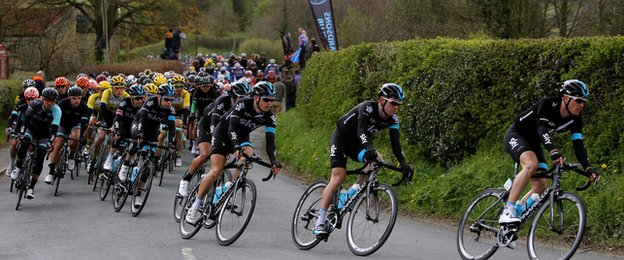 Tour de Yorkshire racers