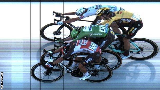 A photo finish shows Caleb Ewan narrowly beating Sam Bennett, Wout van Aert and Peter Sagan on stage 11 of the 2020 Tour de France