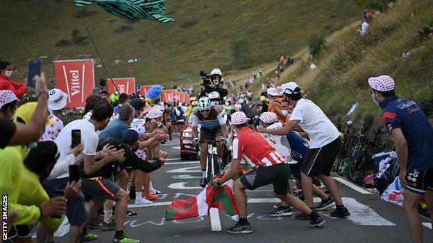 Fans on the Tour de France stage 8