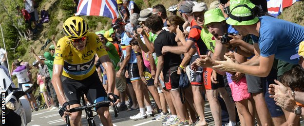 Chris Froome on his way to winning stage 10 of the 2015 Tour de France